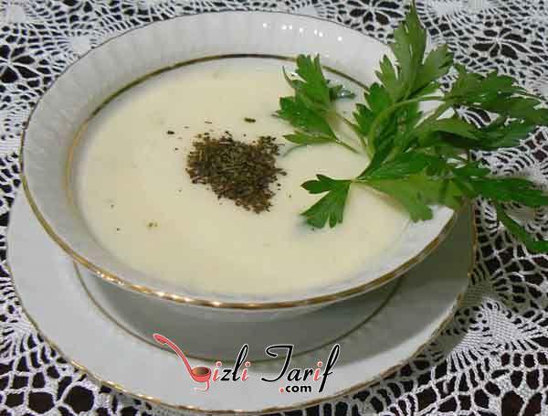 yoğurtlu soğuk çorba dırma çorbası