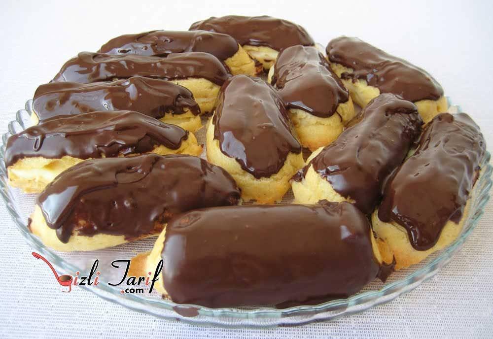 Çikolata Soslu Ekler Pasta Tarifi
