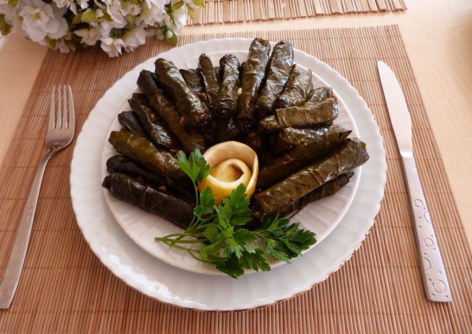 Zeytinyağlı Lahana Sarma Tarifi