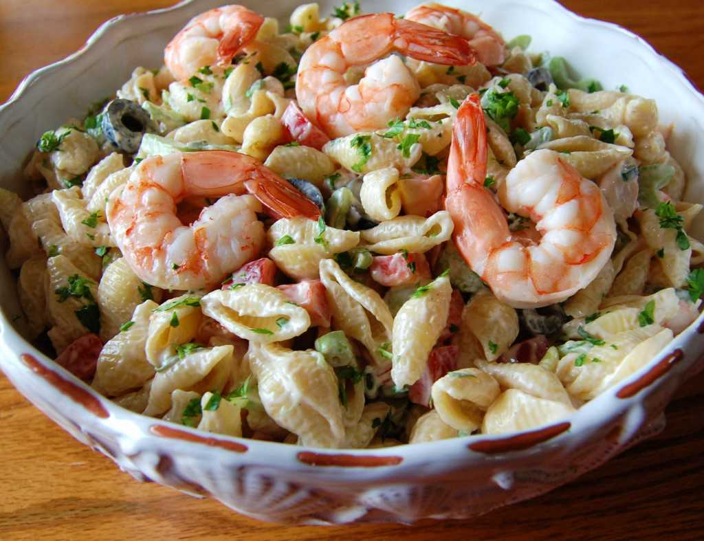 karidesli makarna salatası