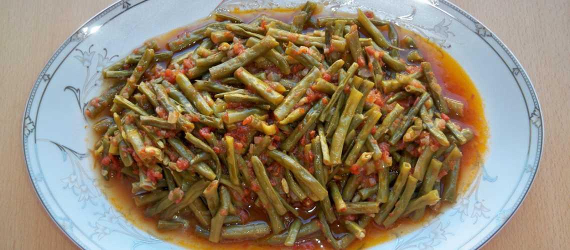 Zeytinyağlı Börülce Tarifi | Pratik yemek tarifleri, resimli, kolay.